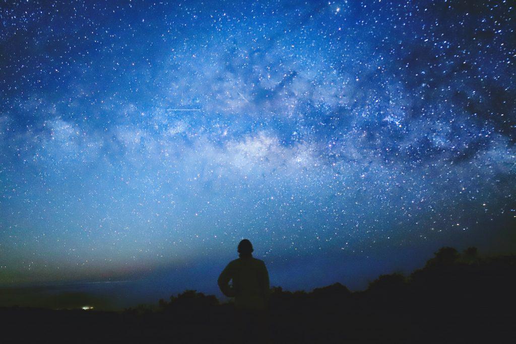 ハワイ島の天の川銀河は何月にみえますか?